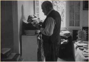 hemingway writing standing up